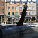 Une fontaine commémorative près du port de Québec